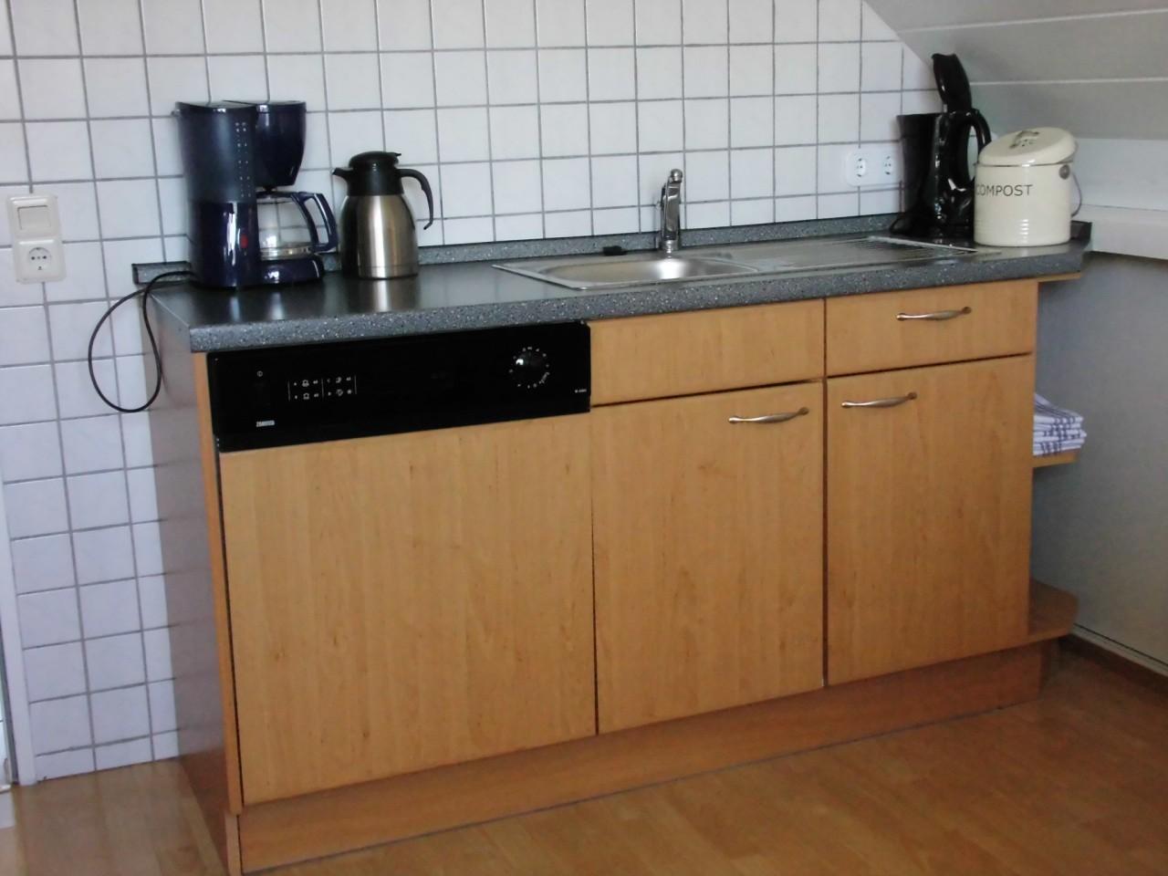 Miniküche Mit Kühlschrank Und Mikrowelle : Miniküche von inwerk schÖner wohnen